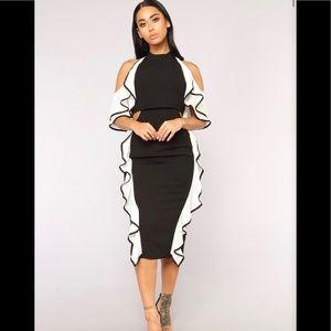 Cute Black/ White ruffle Fashion Nova halter dress